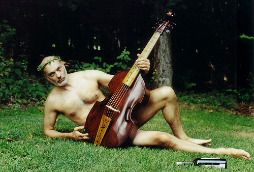 naked-playing-instrument